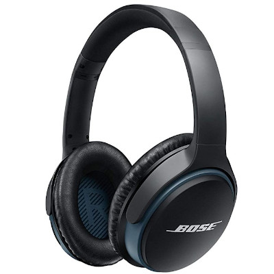 Image of noise cancelling headphones in black color, made by the manufacturer Bose.