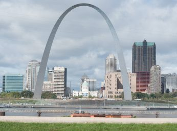 Where to Meet Singles in St. Louis